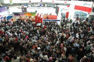 Suasana bursa kerja di Surabaya beberapa waktu lalu (dok. kabarbisnis.com)