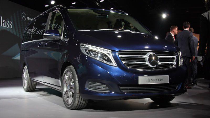 Mercedes benz rilis mpv mewah new v class otomotif for Mercedes benz mpv