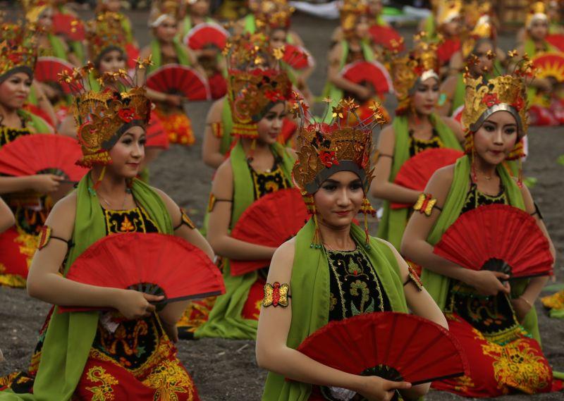 Festival Gandrung Sewu di Banyuwangi