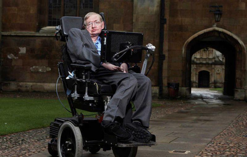 Stephen Hawking (istimewa)