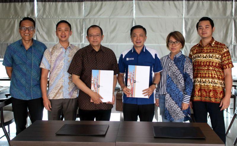 MOU antara PT.Dafam Hotel Management dengan PT.Gili Inti Sinergi untuk mengoperasikan Mandar EcoVillage Gili Trawangan, Lombok.