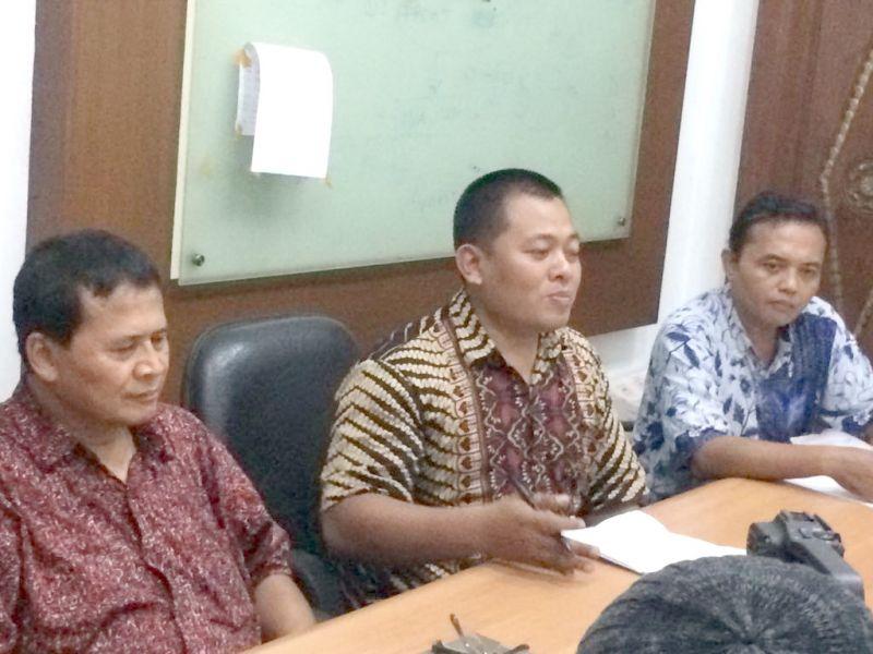 Ketua LPPH Pemuda Pancasila, Rohmad Amrullah SH. MH (tengah).