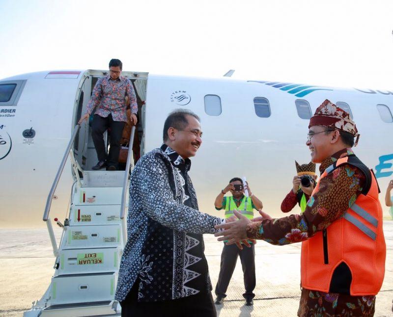 Menteri Pariwisata Arief Yahya tiba di Bandara Banyuwangi beberapa waktu lalu.
