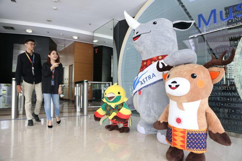 Maskot Asian Games 2018, Bhin-Bhin, Atung dan Kaka di kantor pusat PT Astra International Tbk.