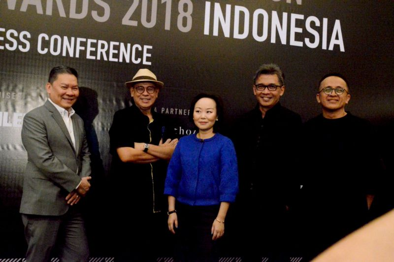 (Dari kiri) Adam Quek - General Manager & Commercial Director, Kohler Kitchen & Bath, Southeast Asia, Hidajat Endramukti - Founder & Principal, Endramukti Design, Angel Yang - President Kohler Kitchen & Bath, Asia Pacific, Faried Masdoeki - Design Director of Grahacipta Hadiprana, Andra Matin - Founder of andramatin.