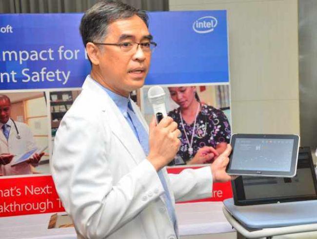 Kini dokter di National Hosptal bisa pantau pasien lewat tablet Windows 8